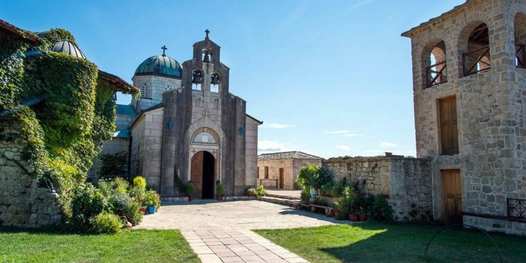Монастырь Тврдош Босния и Герцеговина