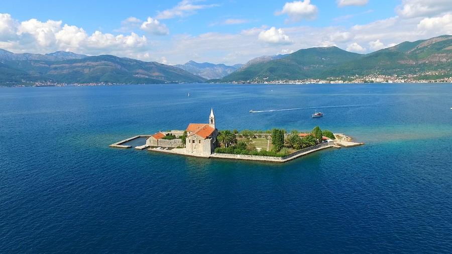 Пиратский остров Черногория
