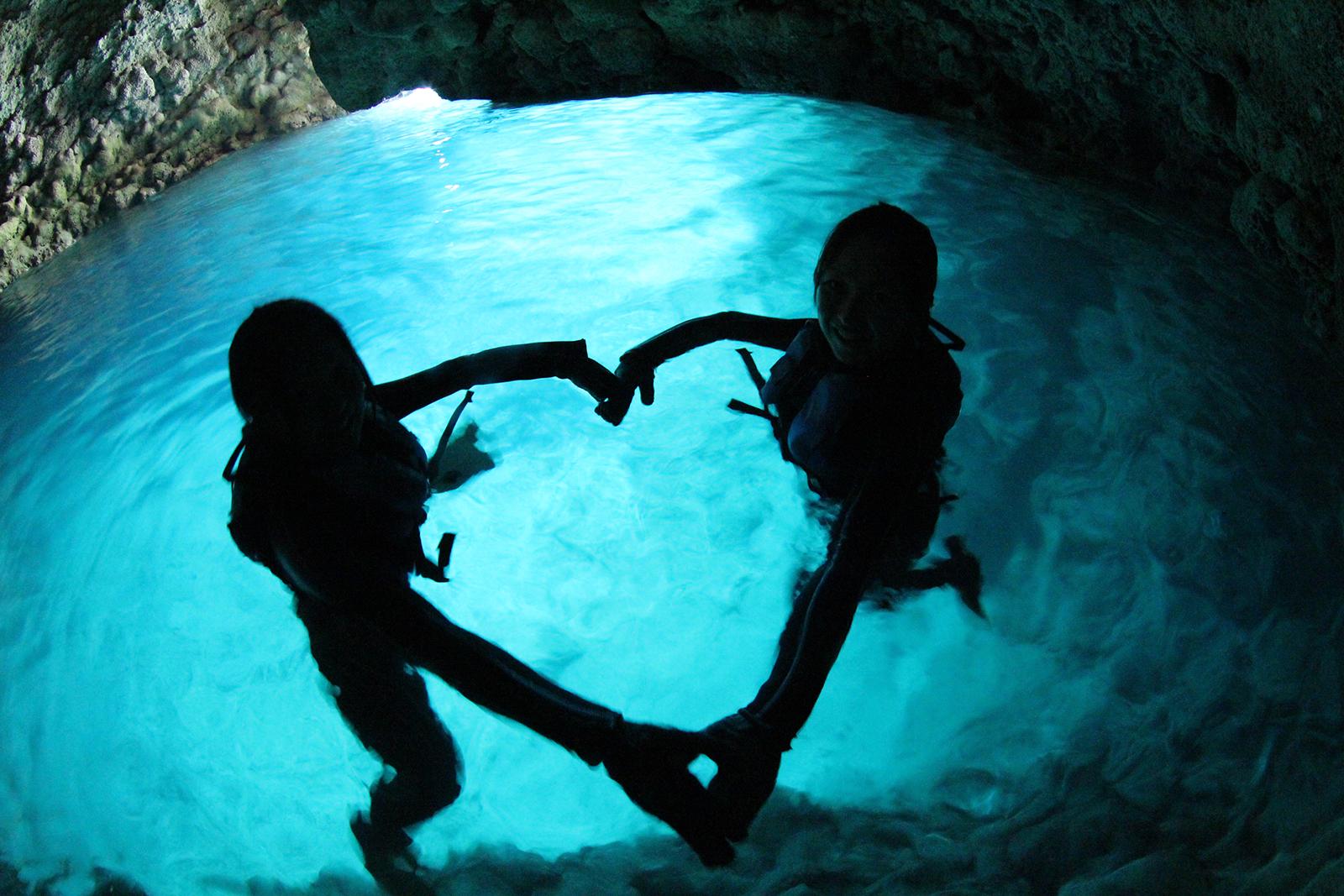 Голубая пещера Черногория