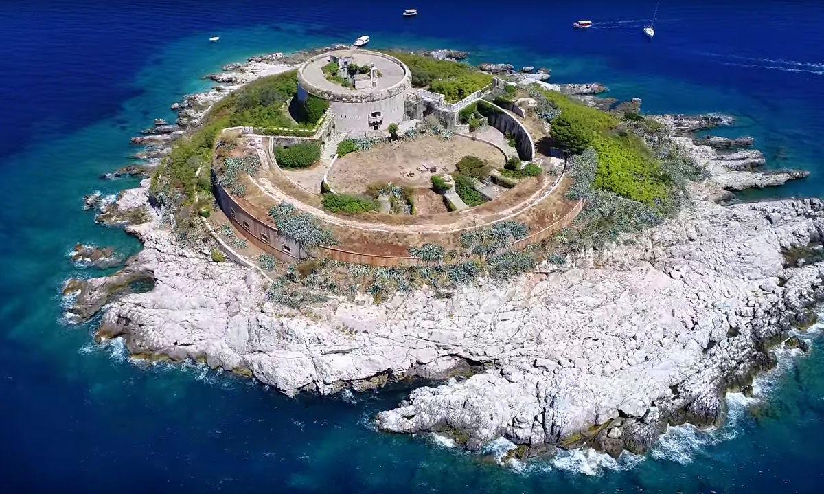 Крепость Мамула Черногория