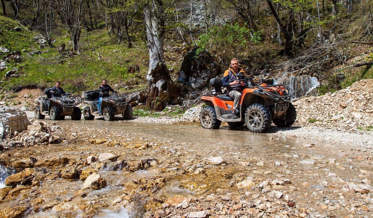 корпоратив на квардроциклах черногория