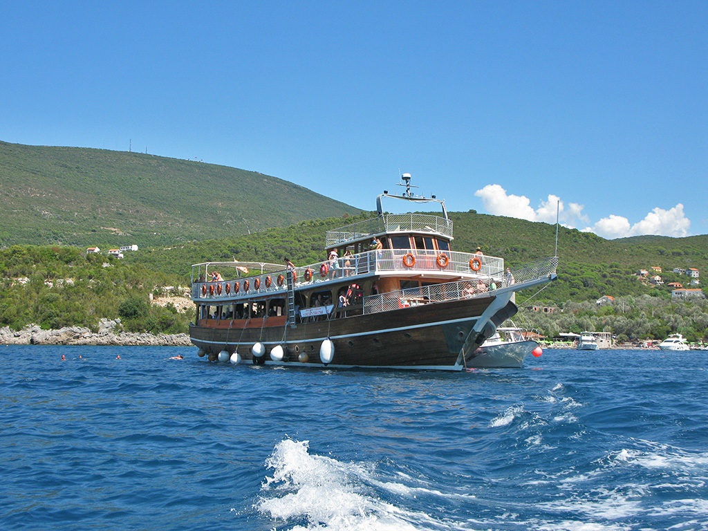 корпоративный круиз в черногории